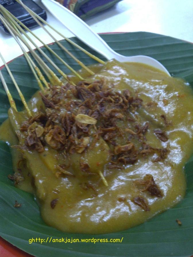 Bihun Bebek 75 & Sate Padang