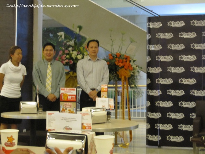 Media Experience : Carl's Jr Summarecon Mal Serpong II