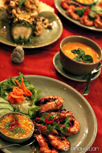 Thai Mango Delight at Sukhothai Restaurant – The Media Hotel
