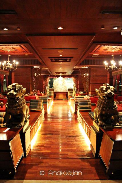 sukhothai restaurant the media hotel