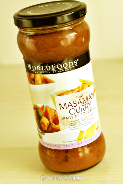 WORLDFOODS Thai Masaman Curry Cooking Sauce