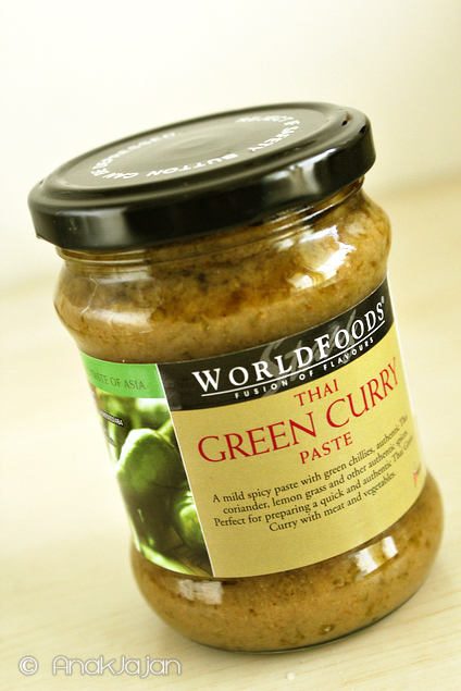 WORLDFOODS Thai Green Curry Paste