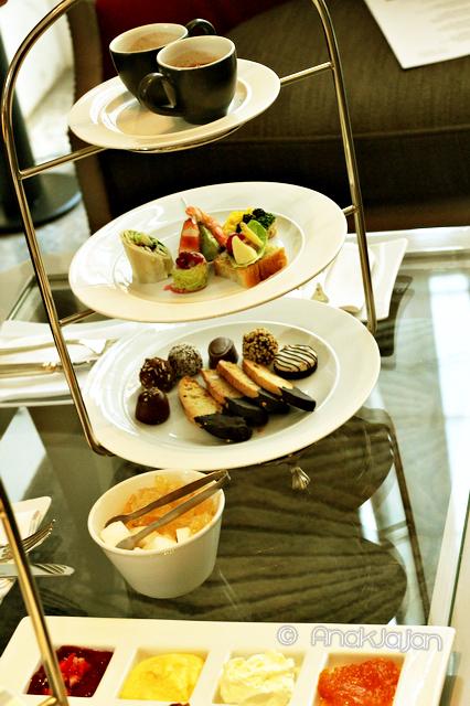 Luxury High Tea Set