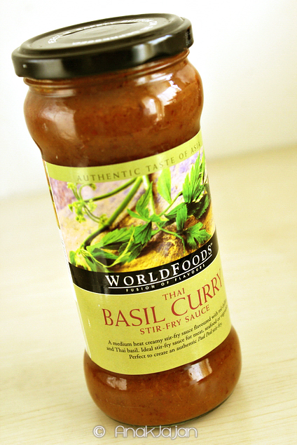 WORLDFOODS Thai Basil Curry Stir-Fry Sauce