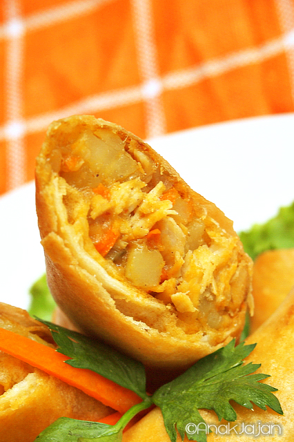 Easy Cook Recipe – Masaman Curry Spring Roll