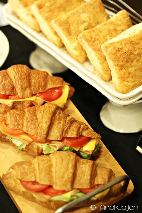 Smoked Chicken Croissant Sandwich IDR 42k, Ugly Chicken Blackpepper IDR 19k