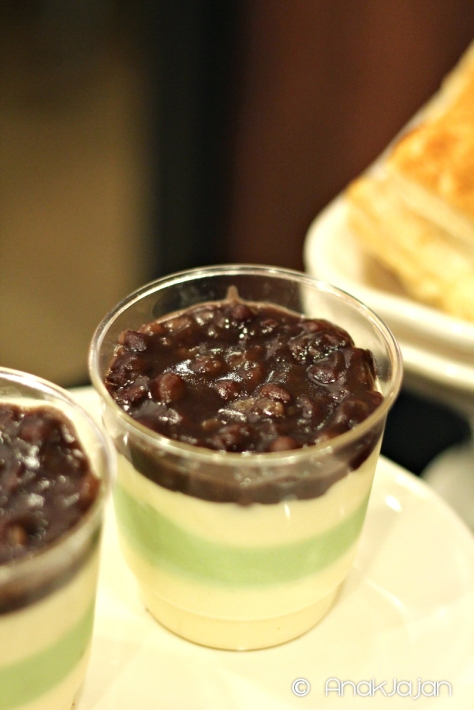 Red Bean and Green Tea Pudding IDR 28k