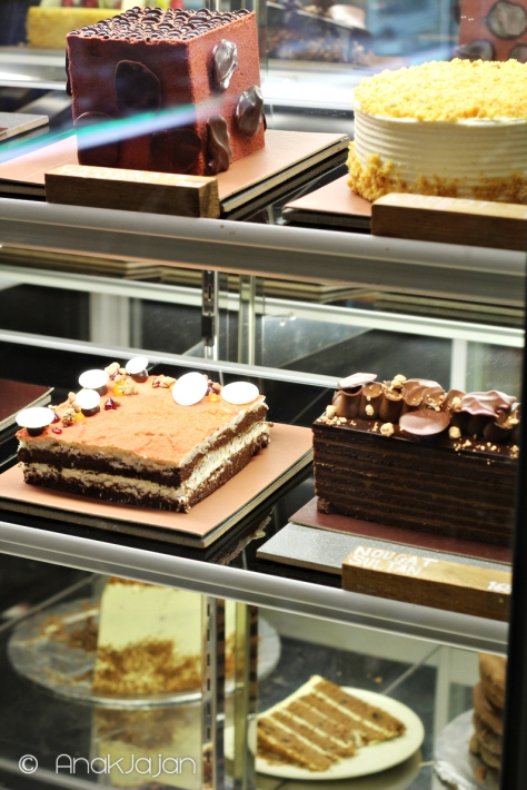Whole Cakes available at Pipiltin Cocoa