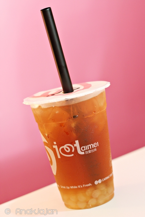 Wintermelon Tea with White Pearl IDR 21k