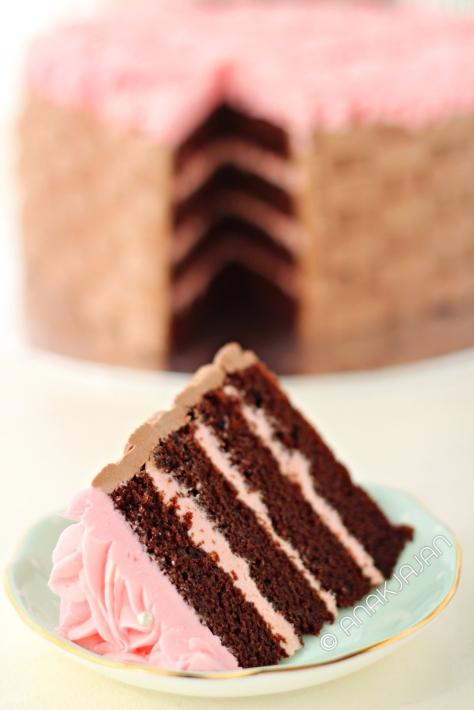Flower Basket Cake dibanderol mulai dari IDR 320rb