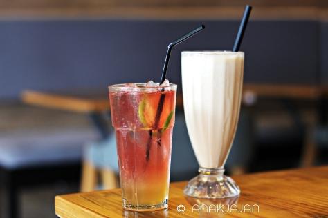 Pink Lemonade IDR 15k, Marshmallow Frappe IDR 30k
