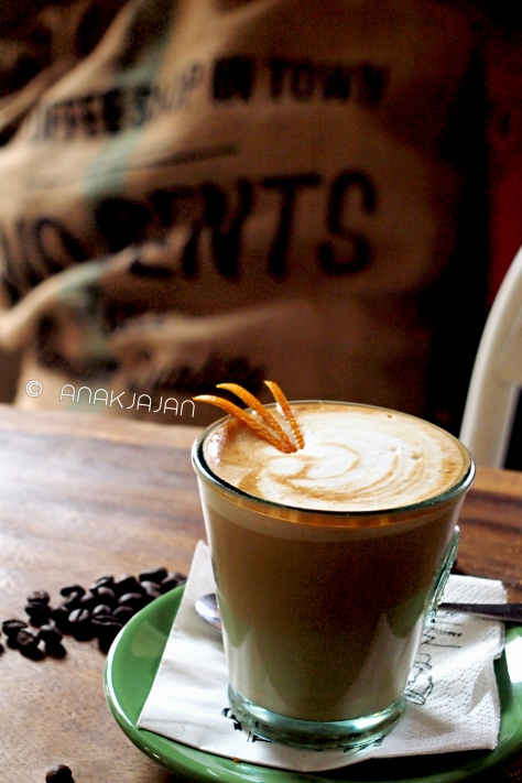 Orange Honey Latte Machiato IDR 30k