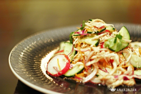 Saigon Chicken Slaw IDR 40k