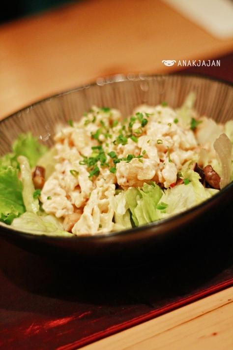 Ebi Tempura Spicy Salad IDR 48k