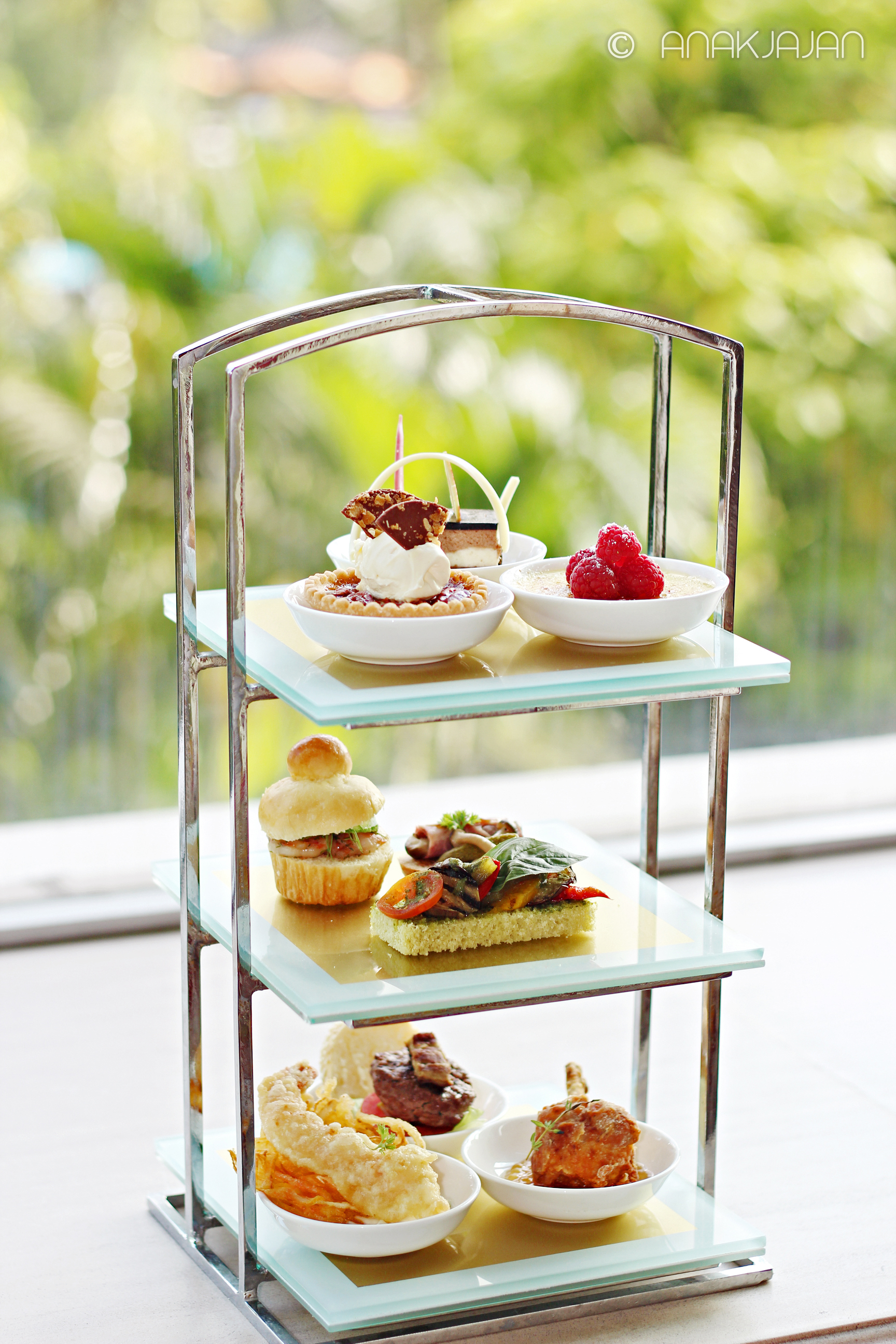Afternoon High Tea at Shangri-La Hotel | ANAKJAJAN.COM