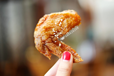 Sweet Honey and Soy Sauce Chicken Wings IDR 40K