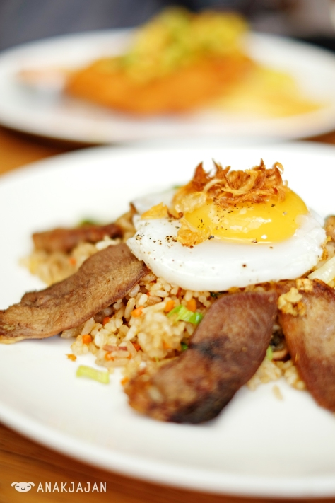 Beef Tounge Fries Rice IDR 69k