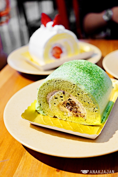 Strawberry Cream Swiss Roll IDR 29k, Matcha Ogura Swiss Roll IDR 29k