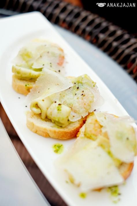 Seafood bruschetta IDR 65k