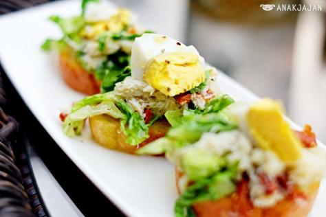 Crab Salad on baguette IDR 65k