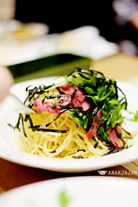 Wafu Soy Sauce Based Pasta with Smoked Beef, Spinach and Rucola IDR 50k