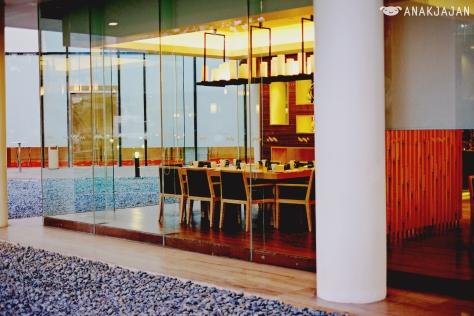 Doubletree Hilton Restaurant Menu