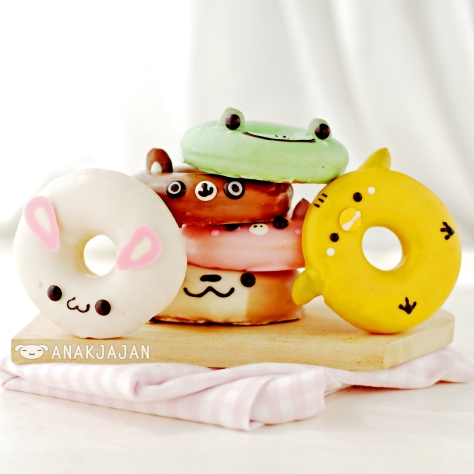 Kawaii donut at Dobudon