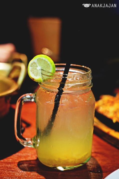 Summer Breeze IDR 25k (Honey Citron Tea)