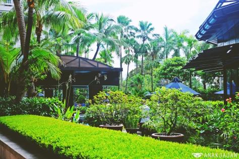 peninsula manila