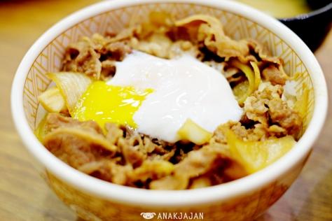 Half Boiled Egg Beef Bowl IDR 30.9k (Regular)