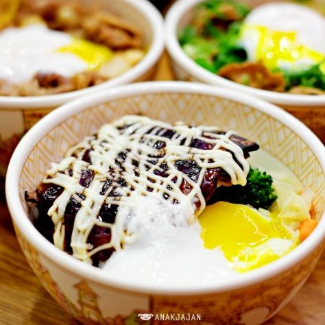 Teriyaki Chicken Mayo Bowl with Mayonnaise and Egg IDR 27.2k (Regular)