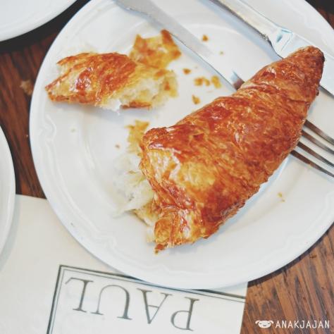 Croissant IDR 18k