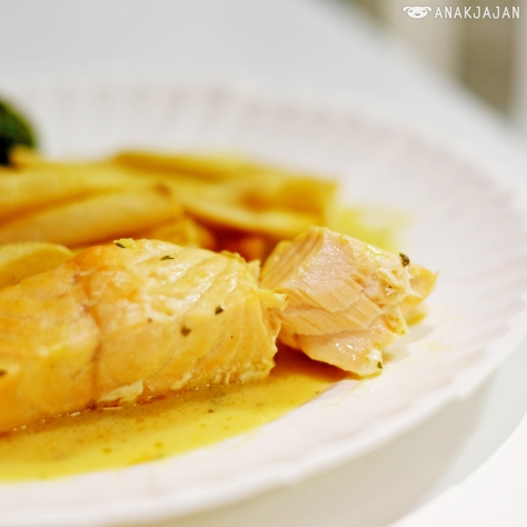 Swedish Poached Salmon with Chive sauce IDR 60k