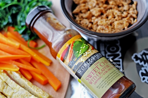 WORLDFOODS Thai Sweet Chilli with Kaffir Lime Dipping/ Stir-fry Sauce