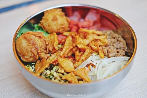 Bibimyun with Beef Ham IDR 38.1k