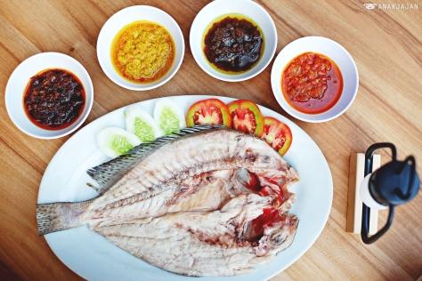Kaci-Kaci Grilled Fish IDR 14.9k/ounce