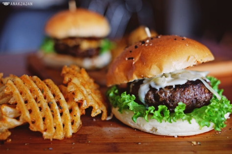 Juicy Lucy Monster IDR 70k
