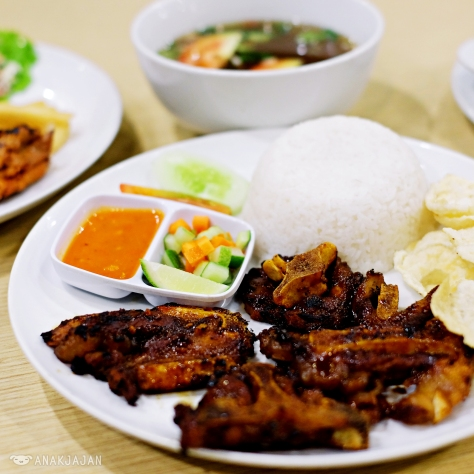 Grilled Oxtail with Rice IDR 55k