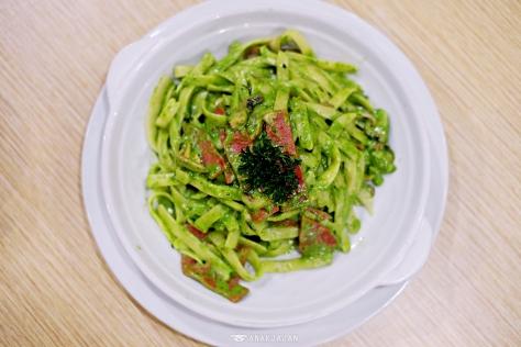 Pesto Smoked Beef IDR 29.5k