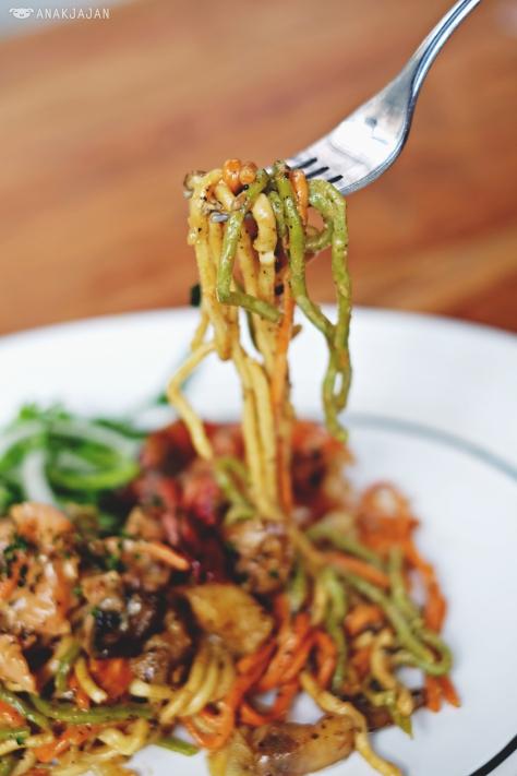 Spaghettini Pescatore IDR 75k