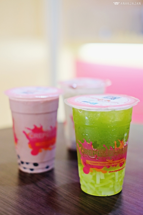 Hazelnut Chocolate Milk Tea IDR 20k, Kiwi Green Tea IDR 17k, Japanese Matcha Milk Tea IDR 18k