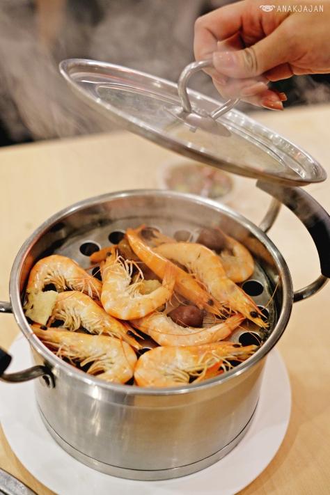 Sauna Steamed Shrimp IDR 70k