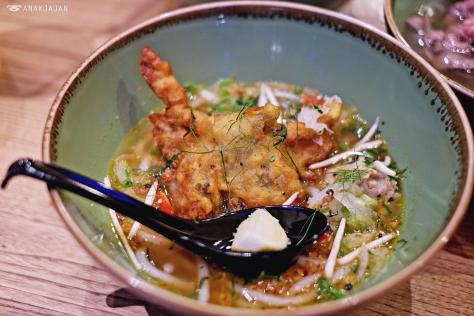Softshell Crab Noodle Soup IDR 110k