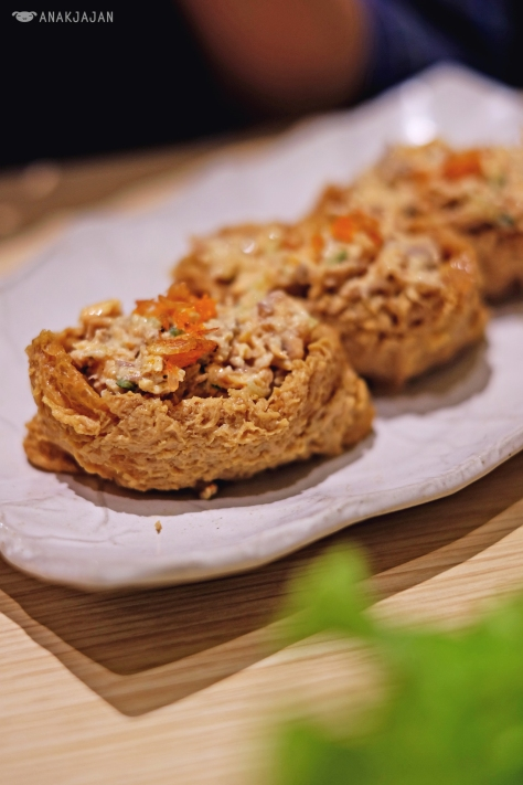 Spicy Salmon Inari IDR 19k/ piece