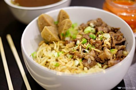 Oxtail Noodle IDR 38k