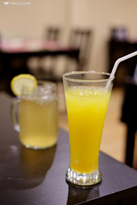 Honey Lemon IDR 22k/ Markisa (PassionFruit) Juice with Popping Bubble IDR 22k