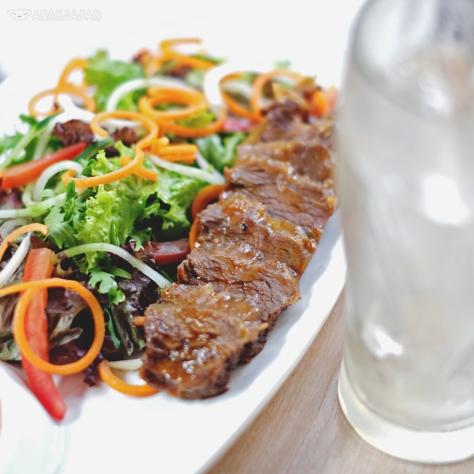 R&B Co. Ribs Salad (Beef/ Pork) IDR 39k