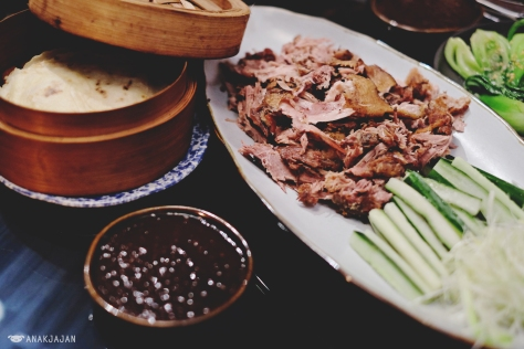 Crispy Aromatic Duck with Mandarin Pancakes and Housin Sauce