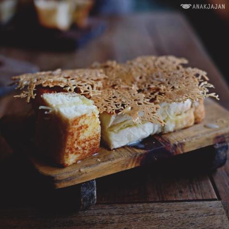 Roti Ngai IDR 50K