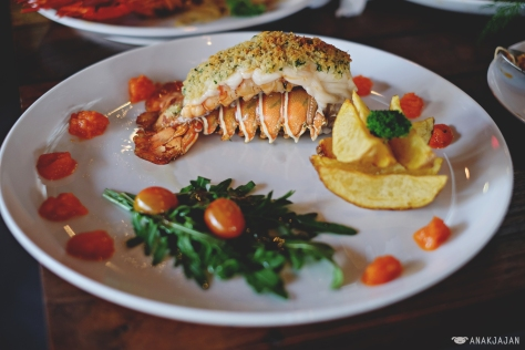 Baked Lobster Tail IDR 255k